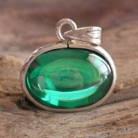 KG-068 Cute RARE Emerald Green Oval NAGA EYE Thai Talisman Cave Crystal Amulet Handmade Filigree Sterling Silver Pendant