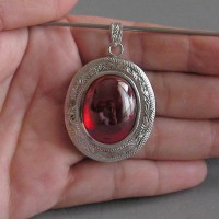 KG-061 RARE Oval Scarlet Blood Red NAGA EYE Thai Talisman Cave Crystal Magic Power Buddha Amulet Handmade Filigree Sterling Silver Pendant